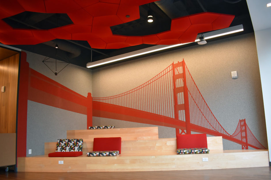 This tiered seating area with the iconic Golden Gate Bridge in the background offers a peaceful backdrop for employees to enjoy.